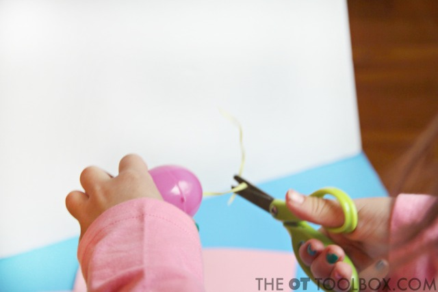 Use this Easter activity for preschoolers or older kids to work on scissor skills and teaching kids to cut with scissors.